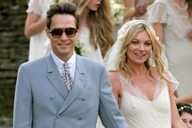 Musicians models married to 28 Celebrities